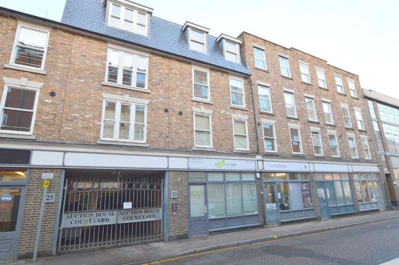 2 Bedrooms Apartment Flat for sale in John Street, Town Centre, Luton, LU1 2JQ