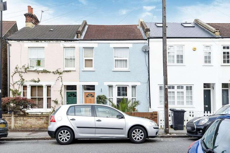 3 Bedrooms Terraced House for sale in Hambro Road, Streatham
