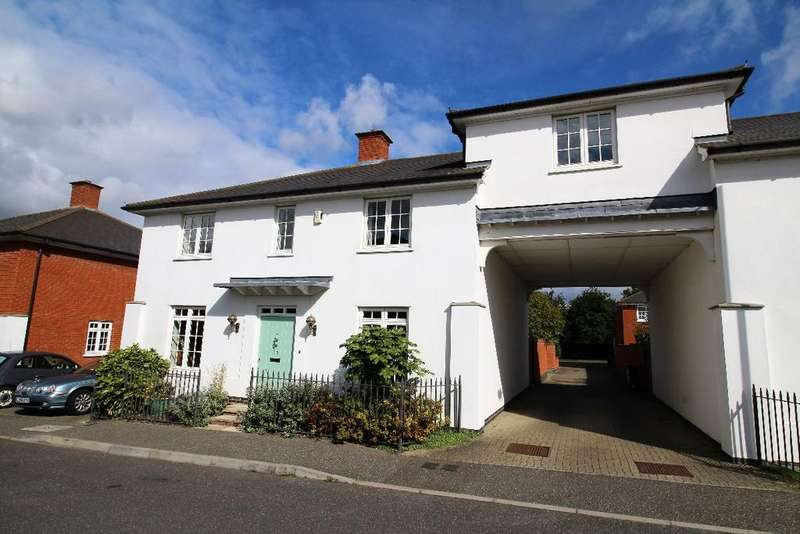 5 Bedrooms Detached House for sale in Elgar Drive