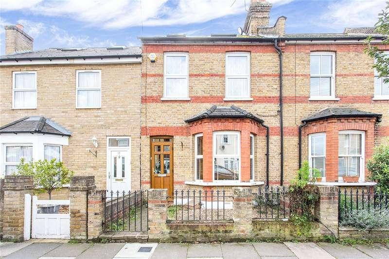 3 Bedrooms Terraced House for sale in Hawthorn Grove, Enfield, EN2