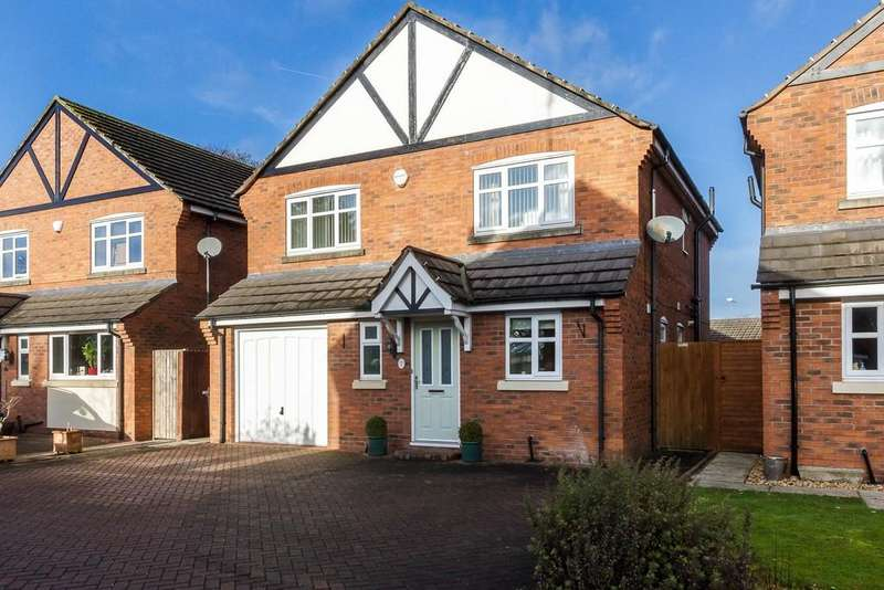 4 Bedrooms Detached House for sale in Stapeley, Cheshire