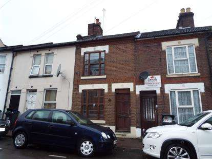 2 Bedrooms Terraced House for sale in Princess Street, Luton, Bedfordshire