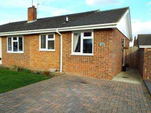 3 Bedrooms Bungalow for sale in Sleigh Road, Sturry, Canterbury, Kent