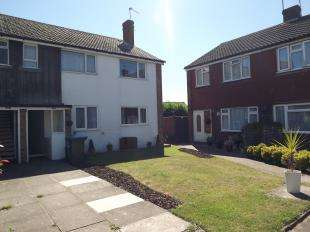 2 Bedrooms Flat for sale in Manor Court, Barnsite Close, Rustington, West Sussex
