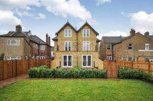 1 Bedroom Flat for sale in 218 Brighton Road, South Croydon