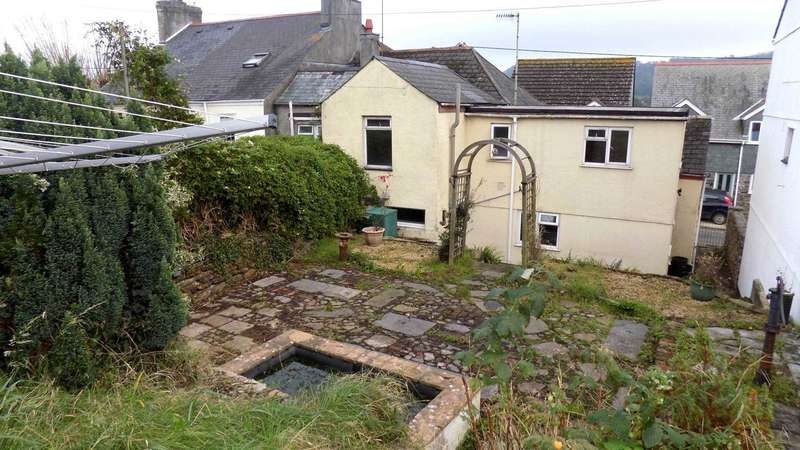 3 Bedrooms Cottage House for sale in Newport Street, Torpoint PL10 1BW