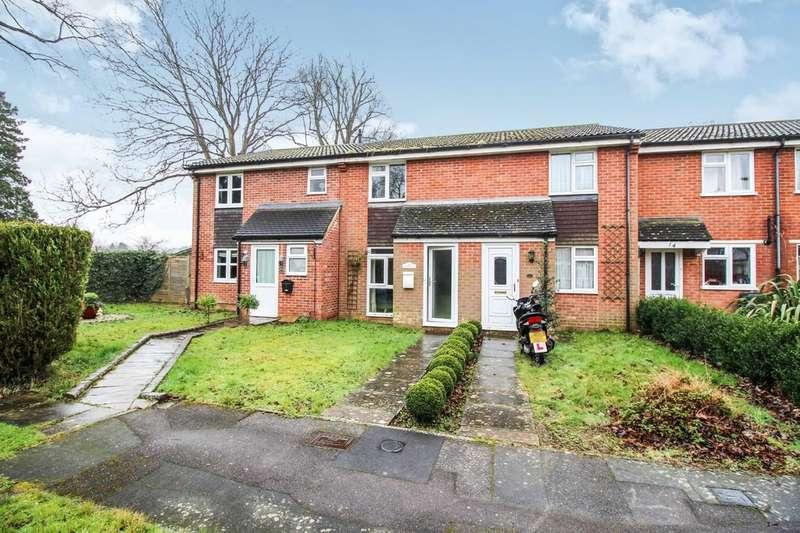 2 Bedrooms Terraced House for sale in Somergate, Horsham