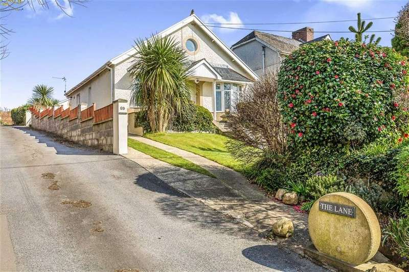 3 Bedrooms Detached Bungalow for sale in Pentre Road, Swansea, SA4