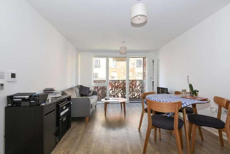 1 Bedroom Flat for sale in Blondin Way, Surrey Quays