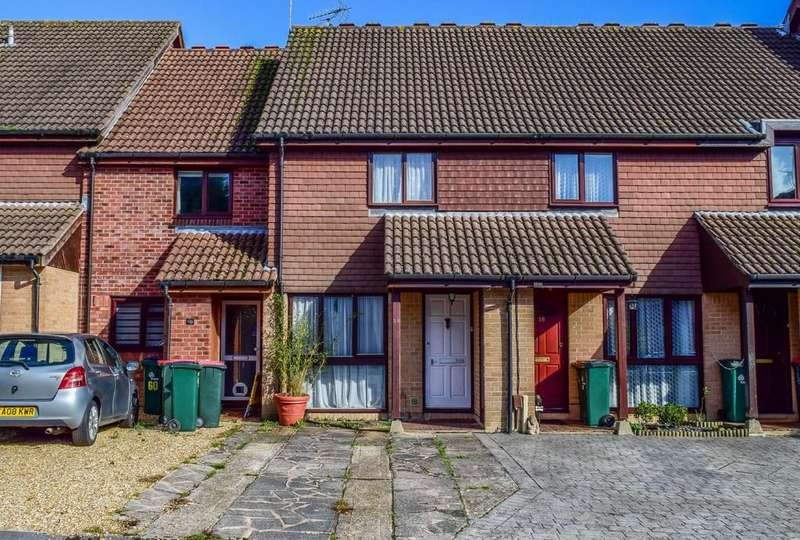 2 Bedrooms Terraced House for sale in Guinevere Road, Ifield West