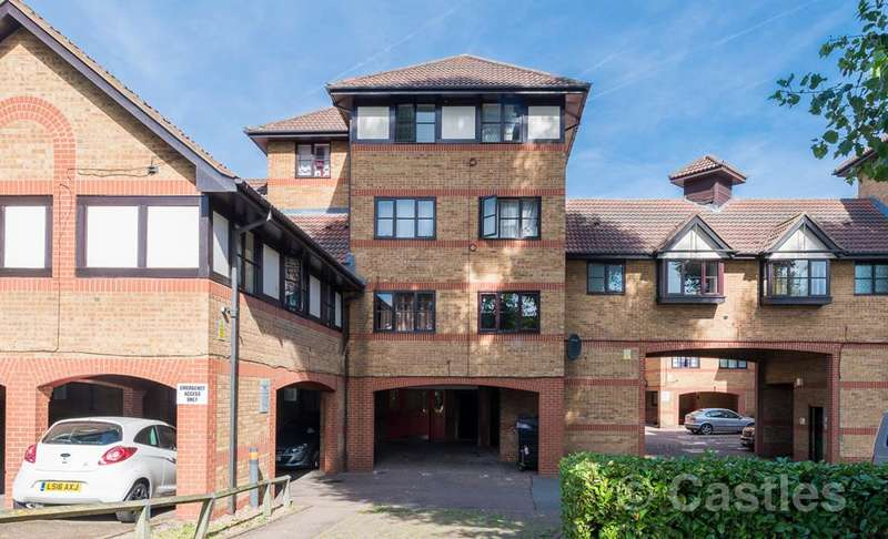 1 Bedroom Flat for sale in Creighton Road, London, N17