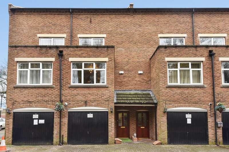 4 Bedrooms Town House for sale in Cavesham Place , Sutton Coldfield