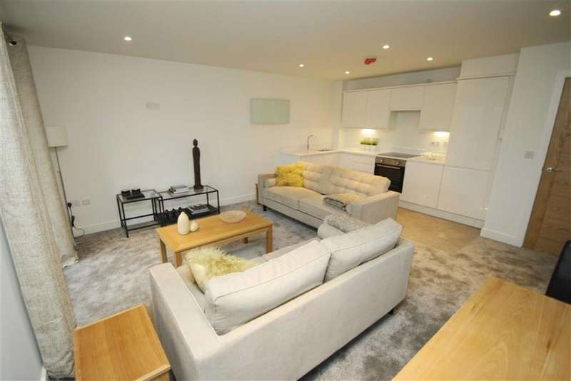1 Bedroom Apartment Flat for sale in 172a Gillbent Rd, Cheadle Hulme