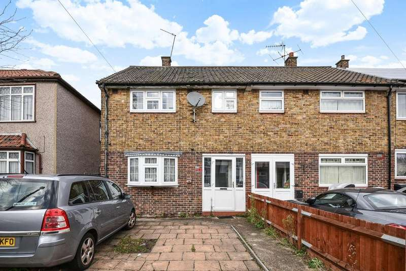 3 Bedrooms Semi Detached House for sale in Linchmere Road, Lee