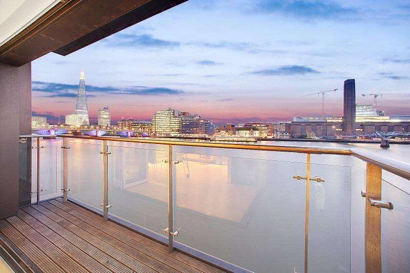 3 Bedrooms Flat for sale in Sir John Lyon House, 8 High Timber Street, London, EC4V