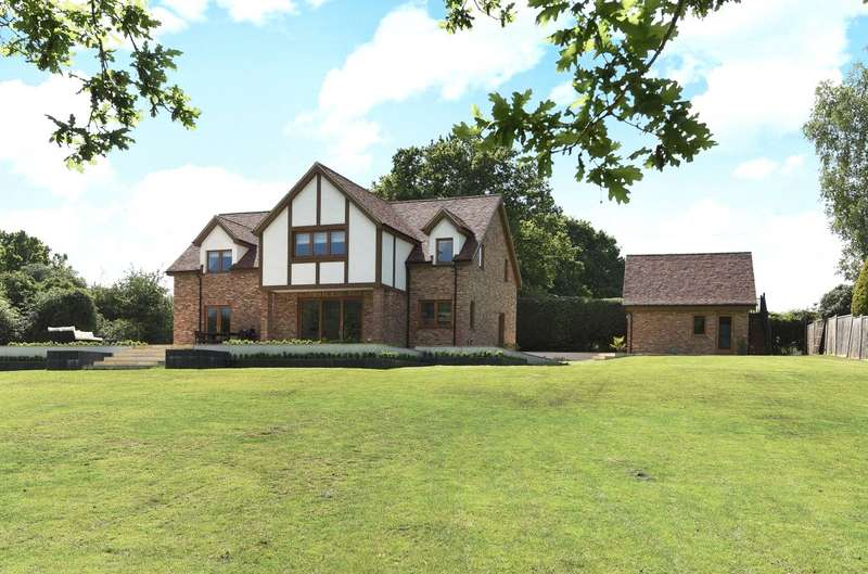 4 Bedrooms Detached House for sale in East Grinstead Road, North Chailey