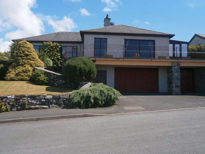 4 Bedrooms Detached House for sale in Maes Yr Hebog, Harlech