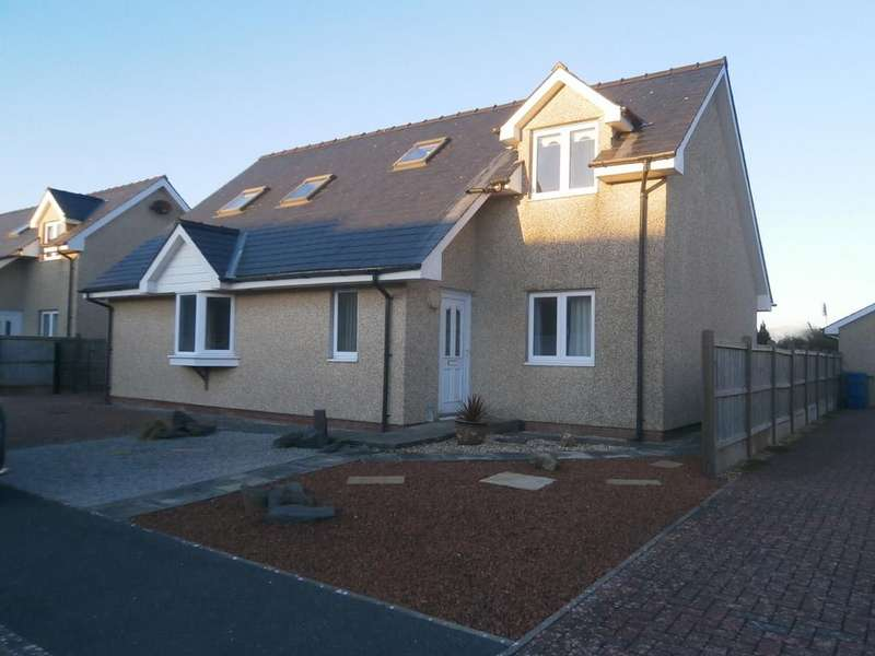 4 Bedrooms Detached House for sale in Cae Gwastad, Harlech LL46