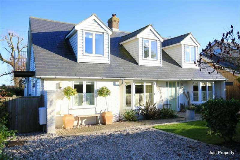 4 Bedrooms Detached House for sale in Farm Lane, Camber