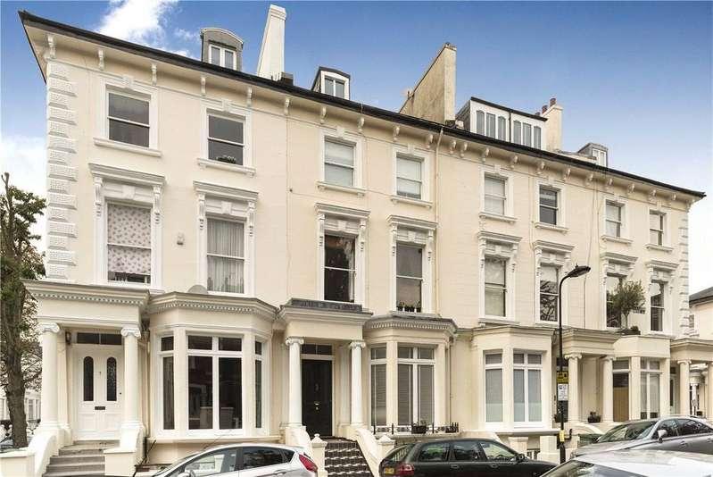 3 Bedrooms Flat for sale in Lancaster Drive, Belsize Park, London, NW3
