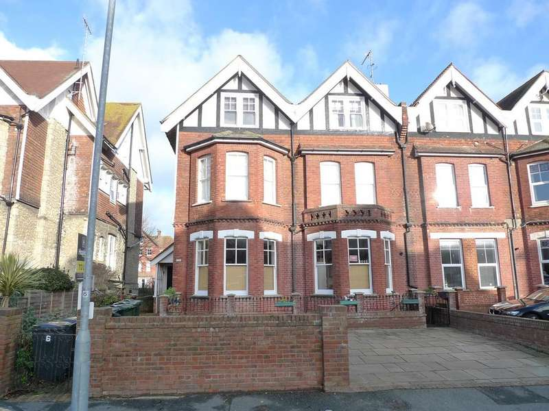 3 Bedrooms Apartment Flat for sale in Silverdale Road, Meads, Eastbourne, BN20