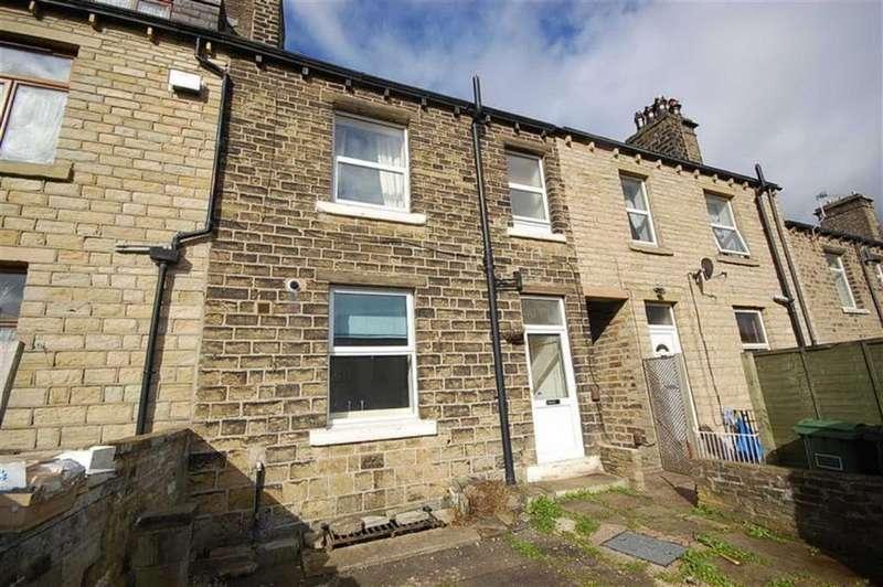 3 Bedrooms Terraced House for sale in Wellington Street, Oakes, Huddersfield, HD3
