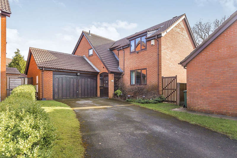5 Bedrooms Detached House for sale in Rowan Croft, Clayton-Le-Woods, Chorley, PR6