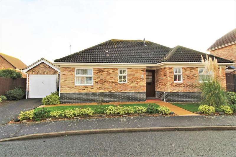 3 Bedrooms Detached Bungalow for sale in Avocet Close, Frinton-On-Sea