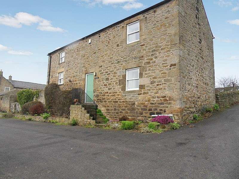 4 Bedrooms Property for sale in Town Farm, Newton, Stocksfield, Northumberland, NE43 7UL