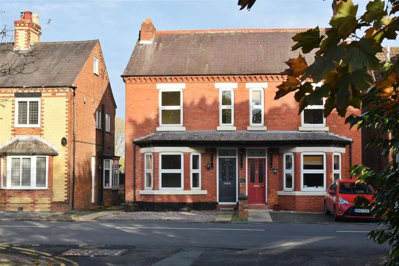 3 Bedrooms Semi Detached House for sale in London Road, Davenham