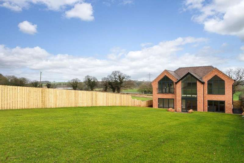 4 Bedrooms Detached House for sale in Beggars Oak, 45 Well Lane, Weaverham, CW8 3PH