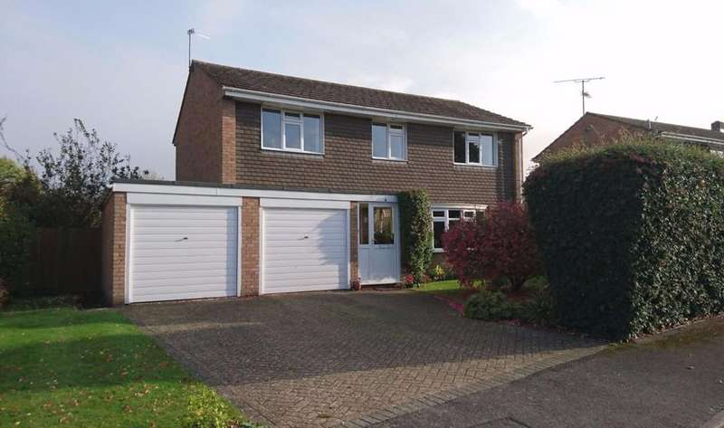 4 Bedrooms Detached House for sale in 4 Church Leys