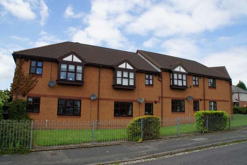 1 Bedroom Flat for sale in Woodford End, Cannock