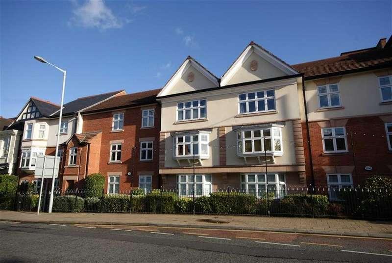 2 Bedrooms Apartment Flat for sale in Chapel Road, Alderley Edge