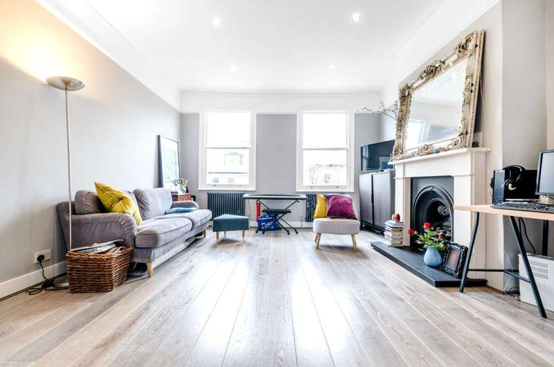 3 Bedrooms Flat for sale in South Hill Park Gardens, Hampstead, NW3