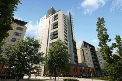 2 Bedrooms Flat for rent in Meadowside Quay Square, Glasgow Harbour