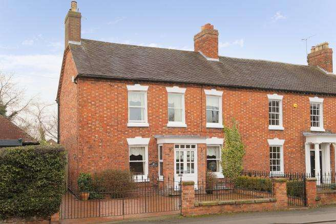 3 Bedrooms Semi Detached House for sale in Linden Court, 22 Station Road, Newport, Shropshire, TF10 7EN