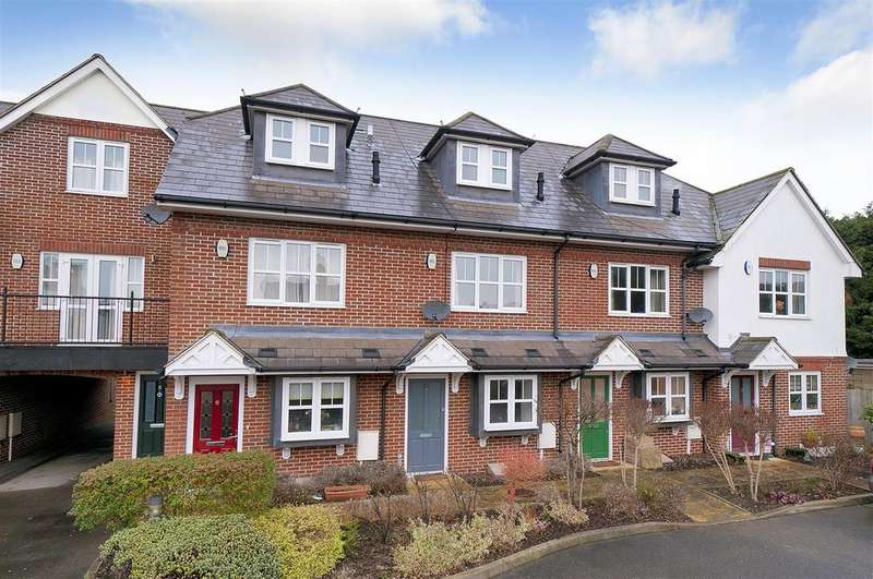 3 Bedrooms Terraced House for sale in Commercial Road, Paddock Wood