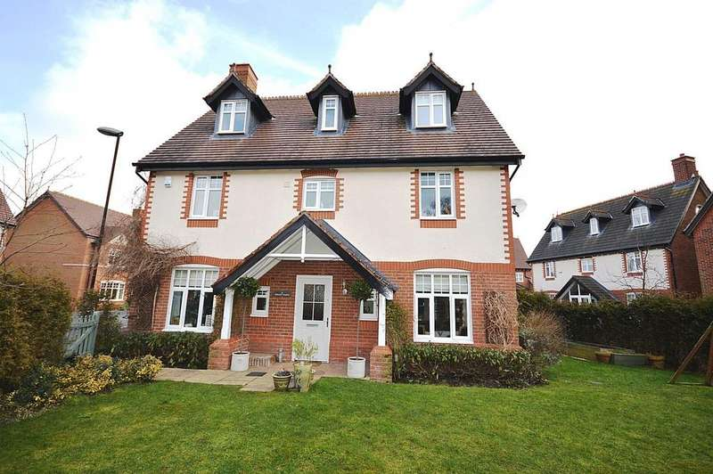 5 Bedrooms Detached House for sale in Wellcroft Gardens, Lymm, WA13