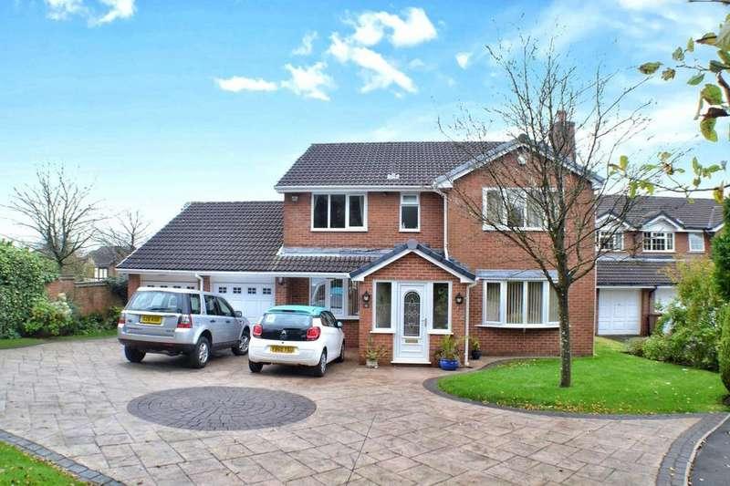 4 Bedrooms Detached House for sale in Charnwood Close, Beardwood, Blackburn, BB2