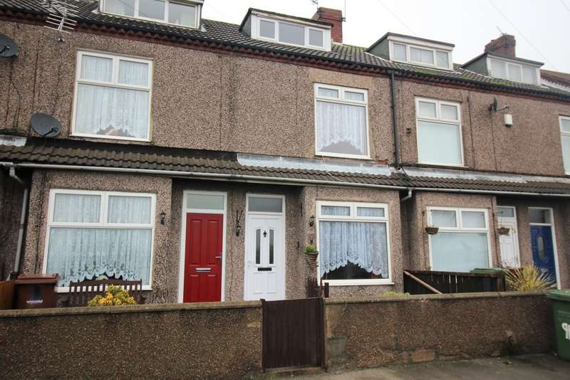 3 Bedrooms Terraced House for sale in Post Office Road, Featherstone WF7 5EP