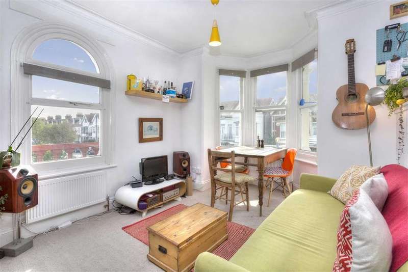 1 Bedroom Flat for sale in 46 St Andrews Road, Portslade