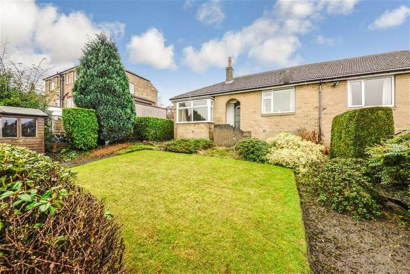 2 Bedrooms Semi Detached Bungalow for sale in Garforth Street, Netherton, Huddersfield, HD4