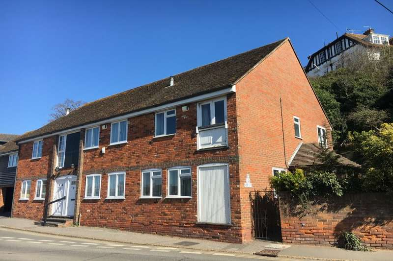 2 Bedrooms Terraced House for rent in The Strand, Rye, TN31