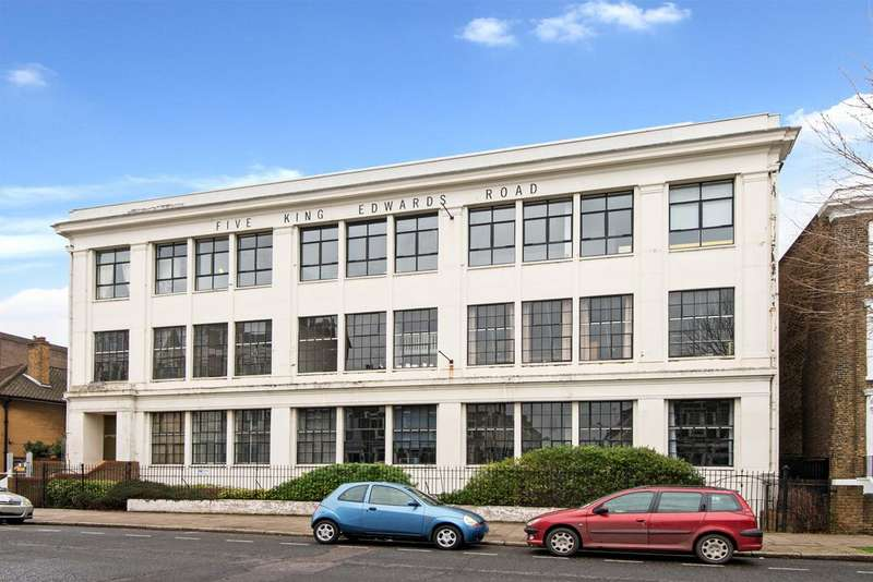2 Bedrooms Apartment Flat for sale in King Edwards Road, Hackney, London E9