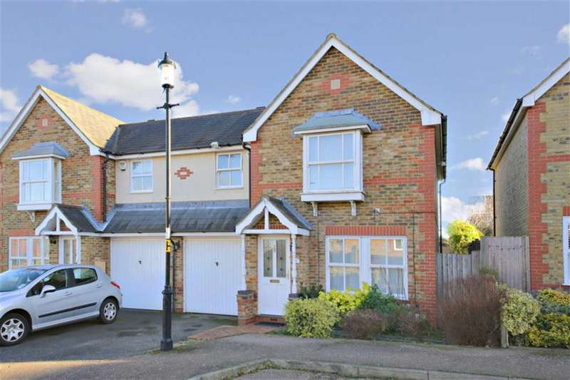 3 Bedrooms Semi Detached House for sale in Laidlaw Drive, Winchmore Hill, London