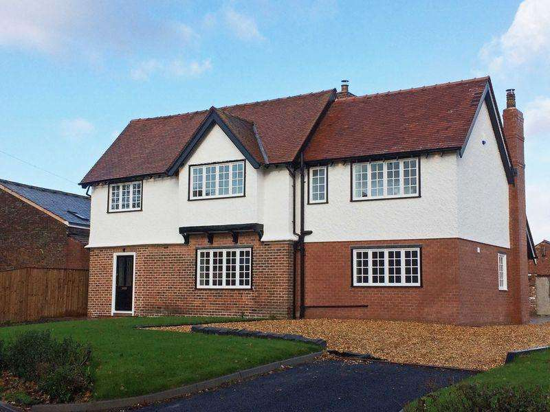 4 Bedrooms Detached House for sale in Thistleton Road, Thistleton