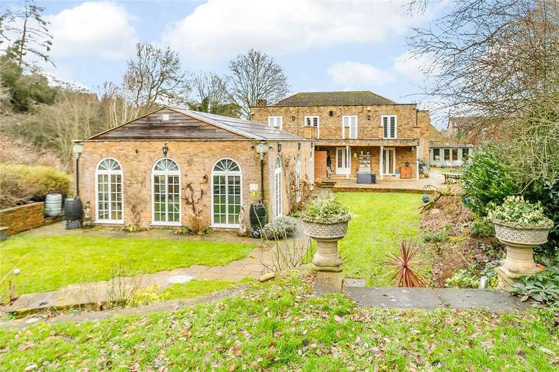 5 Bedrooms Detached House for sale in Bunkers Hill, Badby, Northamptonshire