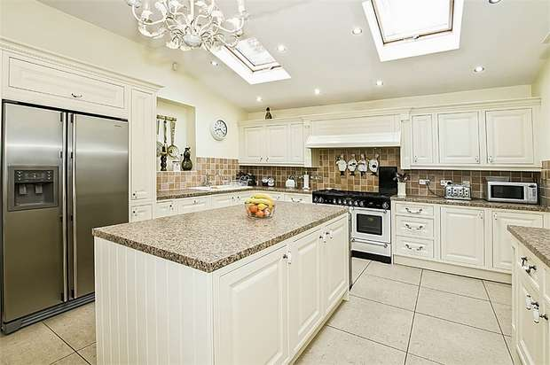 8 Bedrooms Commercial Property for sale in Greenhill Road, Mossley Hill, Liverpool, Merseyside