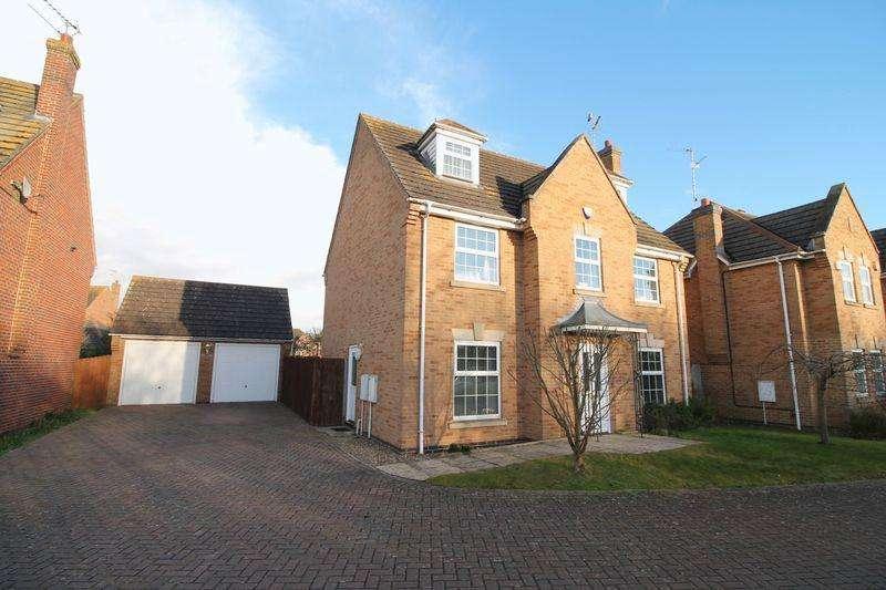 5 Bedrooms Detached House for sale in Fleur Drive, Spalding
